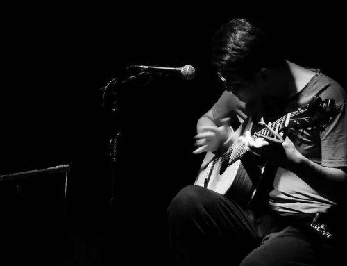 乐队的主力——吉他